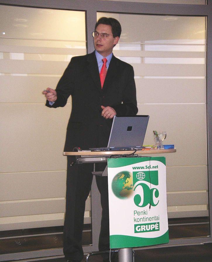 """Didžiausia lustinių kortelių gamintoja """"Gemplus"""" ir olandų kompanija """"Axalto"""" susijungia"""