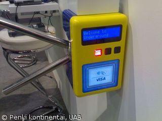 CONTACTLESS – VISA WAVE terminalas automobilių įvažiavimo sistema VISA stende