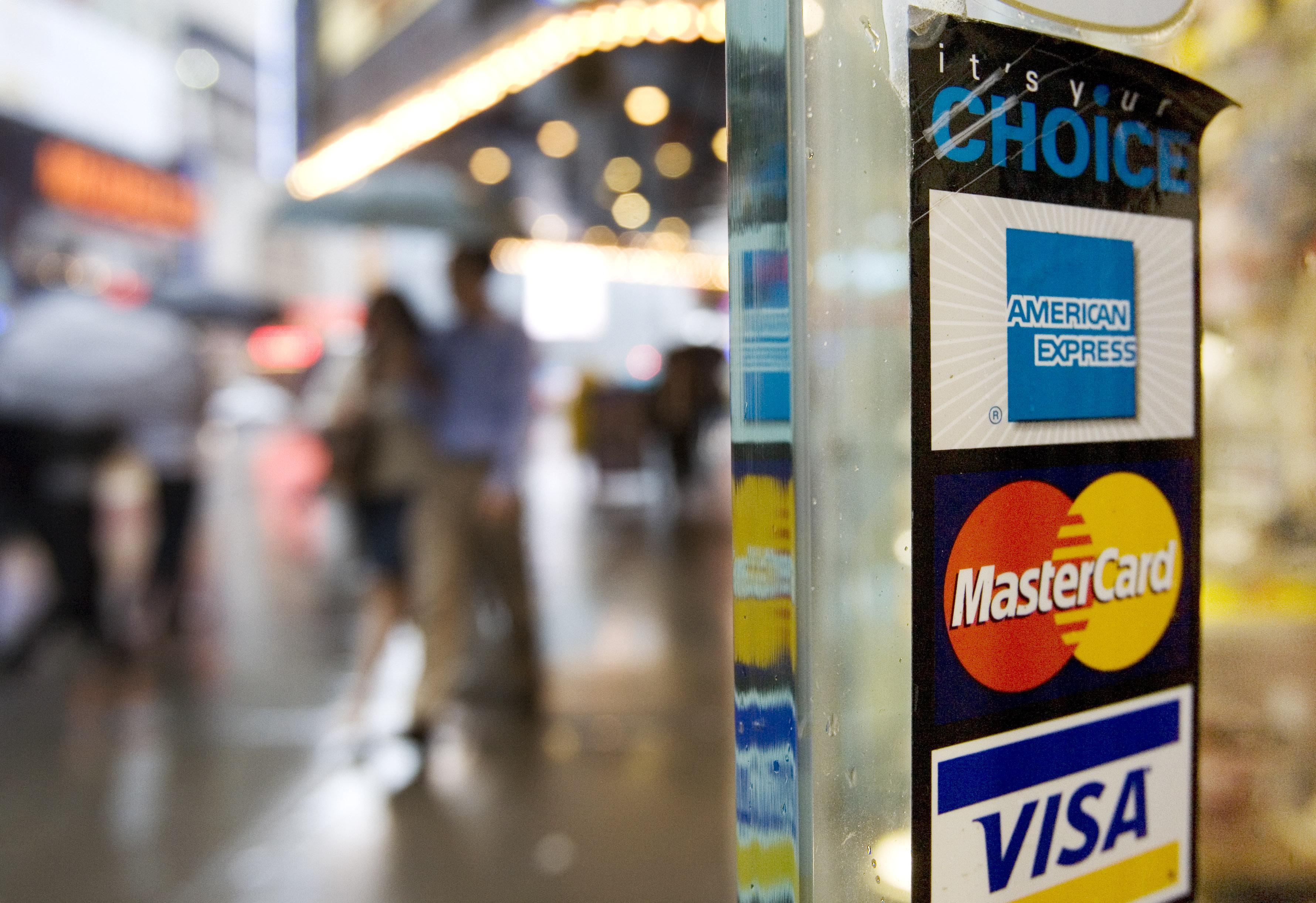 """Konferencija """"Lustinės mokėjimo kortelės Rusijoje 2004"""""""