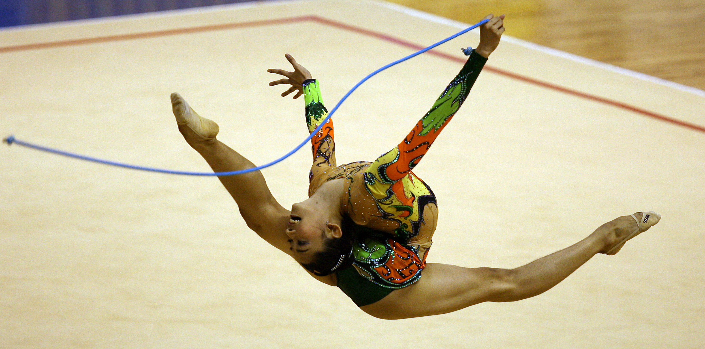 Thailand's Tharatip Sridee competes in the rope category of the women's  rhythmic gymnastics event at the 24th Southeast Asian Games (SEA games) in  Korat ...