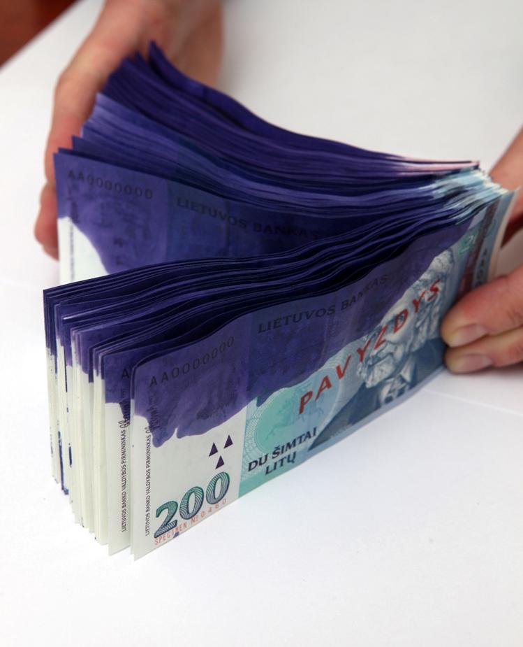 Padažnėję bankomatų plėšimai didina apsaugos priemonių paklausą