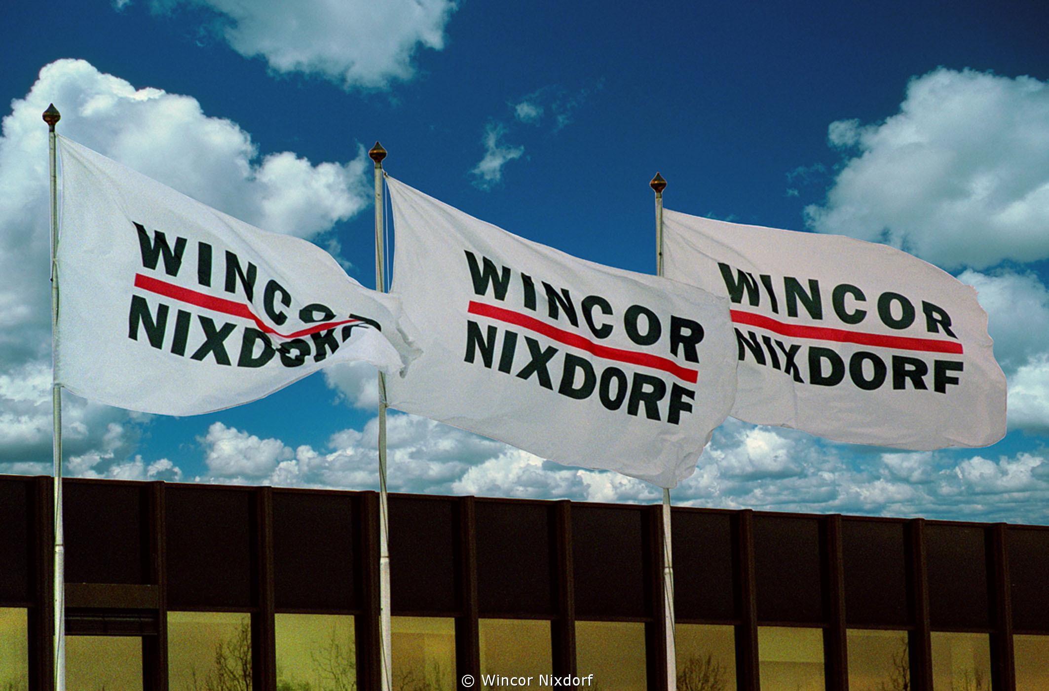"""Įmonėje """"Penki kontinentai"""" svečiavosi """"Wincor Nixdorf"""" atstovai"""
