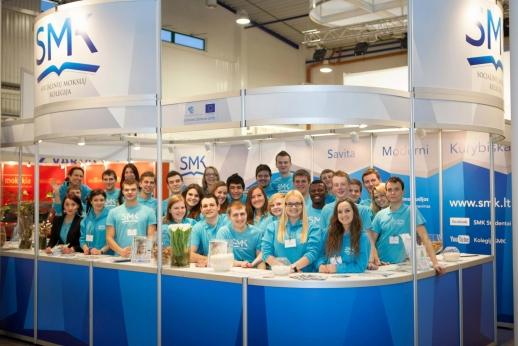 SMK studentai programavimo žinių semsis verslo įmonėse