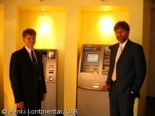 Vladas Lapinskas (BS/2) and Ulrich Schaffer (Deutsche bank)