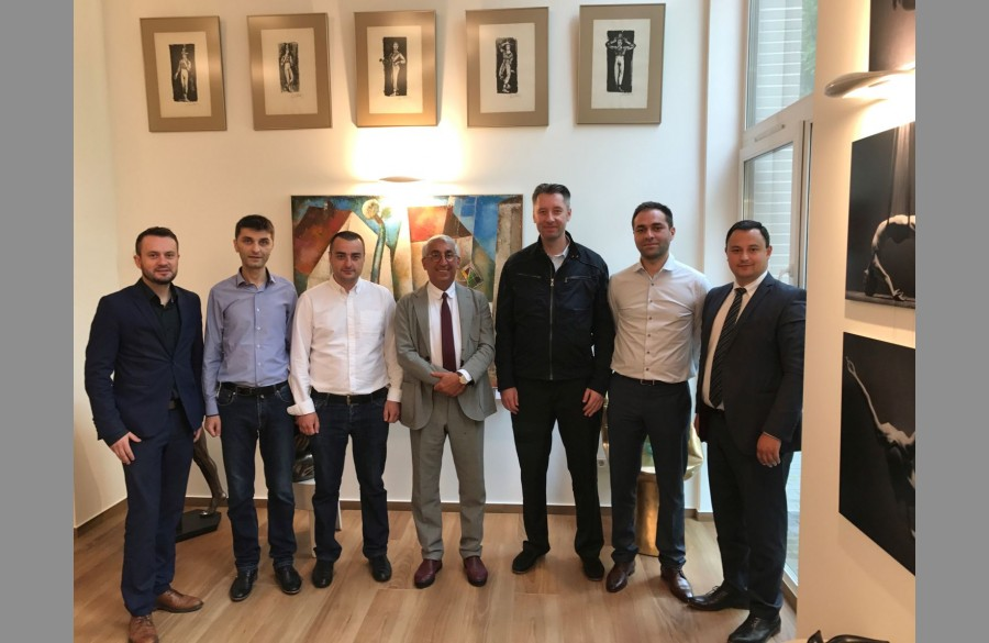Kornelijus Šišla (BS/2), Emilio Kiris (BS/2 Georgia), Vazha Maisuradze (Liberty bank), Idrakas Dadašovas (Penki kontinentai Group), Aleksander Ketišvili ir Levan Ugrekhelidze (Liberty bank),  Emil Musayev (BS/2).