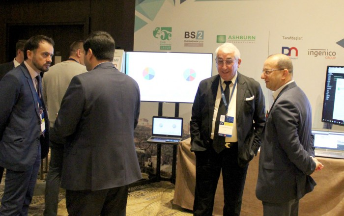 The demonstrated products attracted great interest from the banking community
